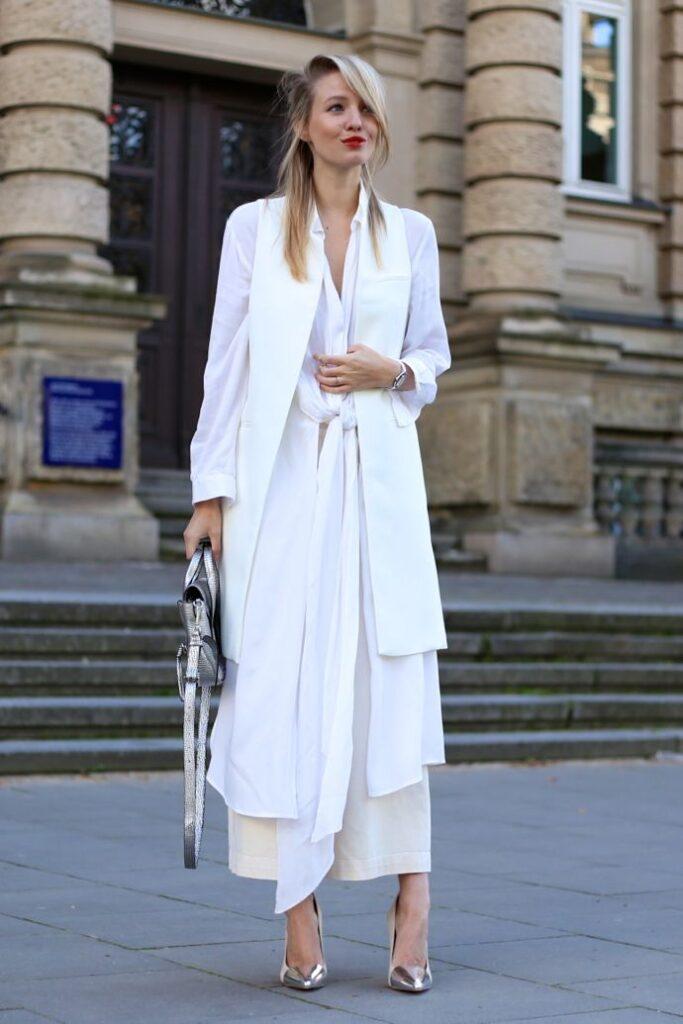 Colete Branco Feminino Look Moderno e Fashionista