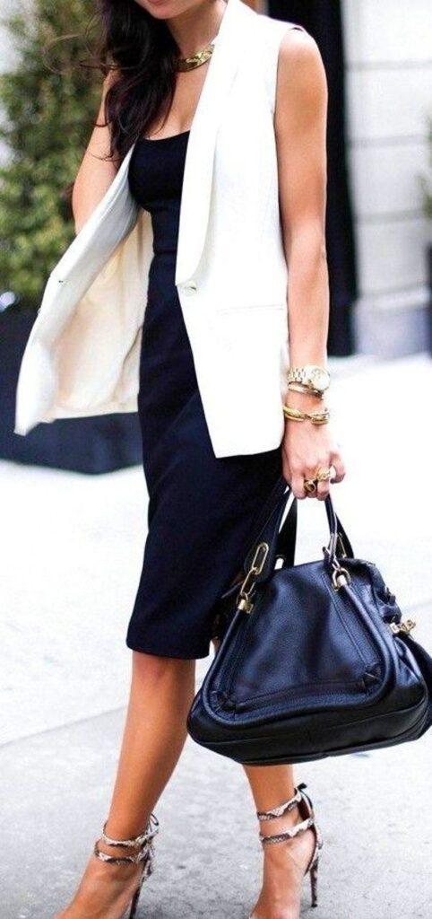 Loook maxi colete branco com saia