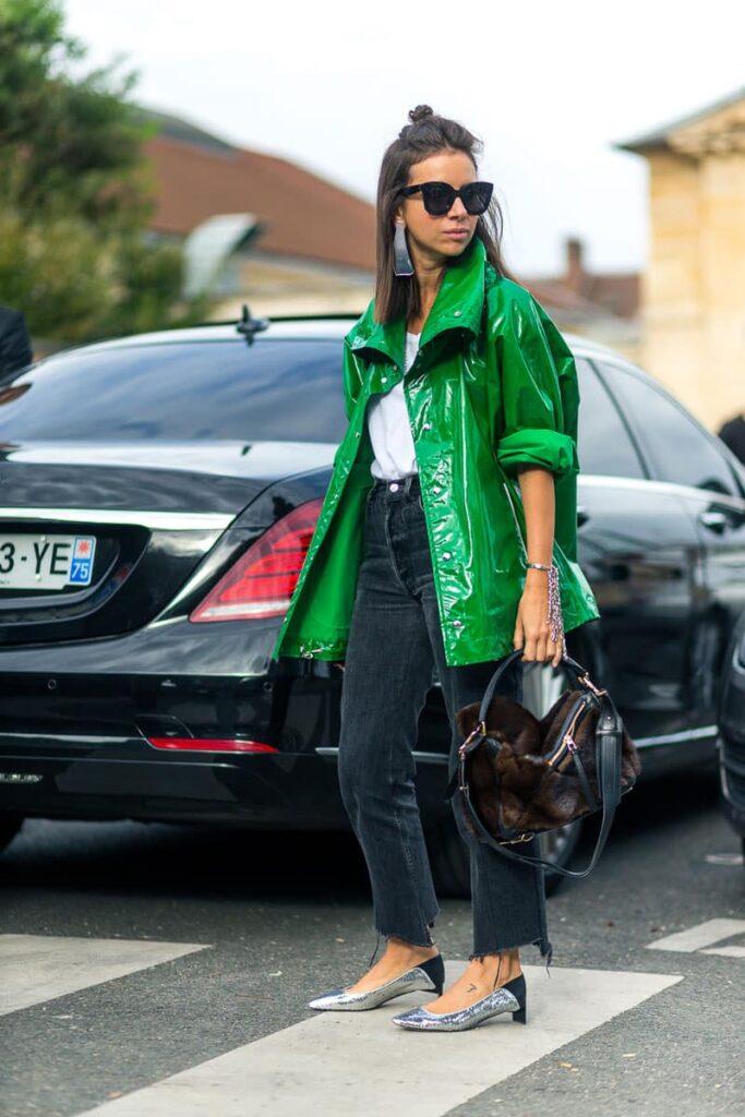 Look inspiração com a blusa oversized feminina.