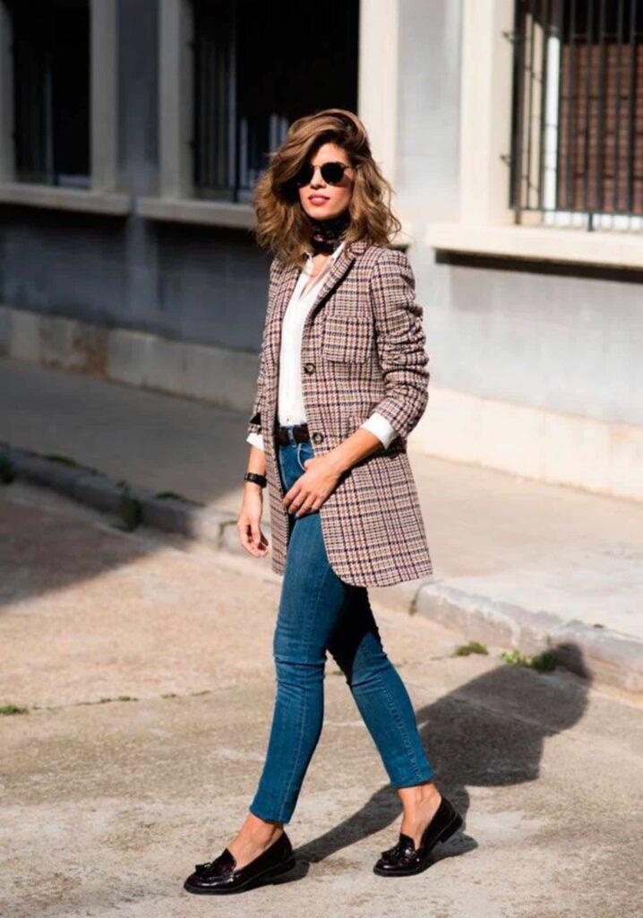 Look inspiração com modelos de sapato mocassim.